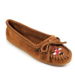 Minnetonka Thunderbird II beaded moccasin